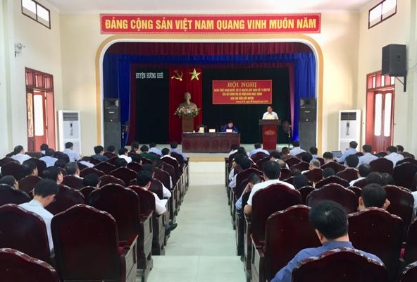 Huyện ủy Hương Khê: Quán triệt NQ 37 và Qui định 11 của Bộ Chính Trị cho cán bộ chủ chốt cấp huyện và cơ sở.