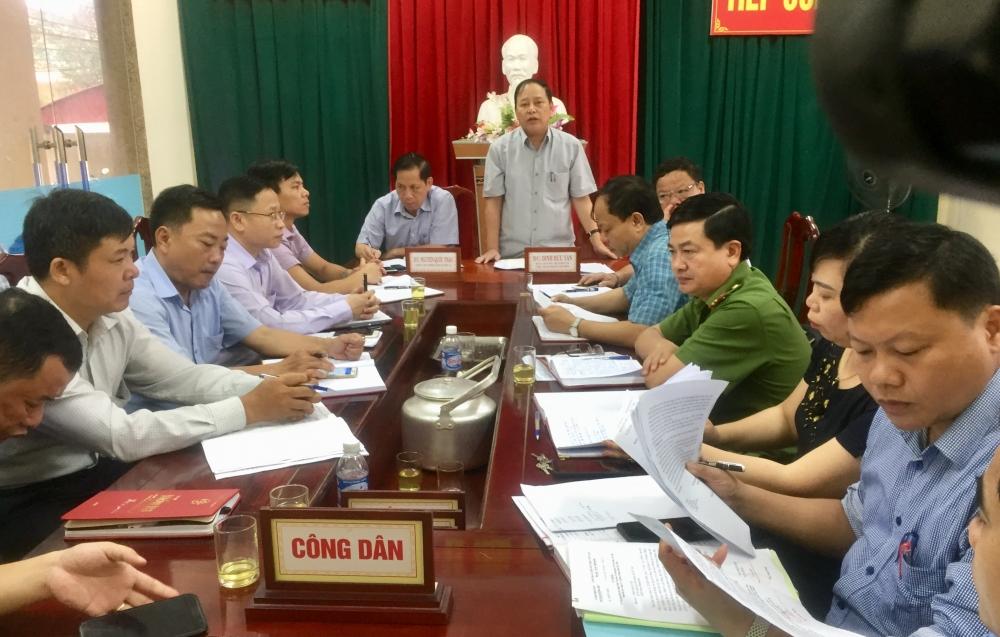 Bí thư Huyện ủy tiếp công dân định kỳ tháng 4