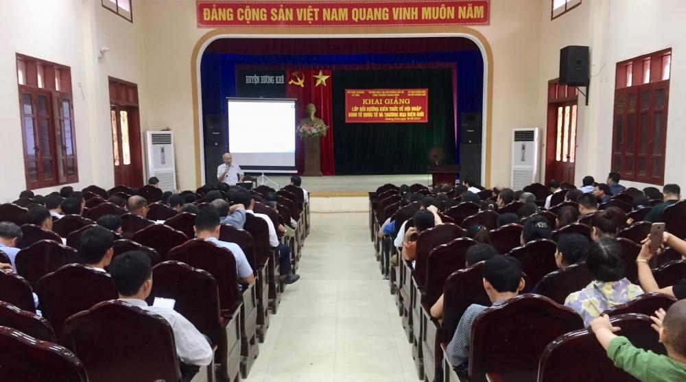 Hội nghị về hoạt động thương mại biên giới  và phổ biến kiến thức về hội nhập kinh tế quốc tế