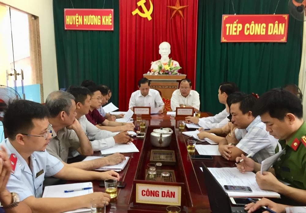 Bí thư Huyện ủy tiếp công dân định kỳ tháng 7