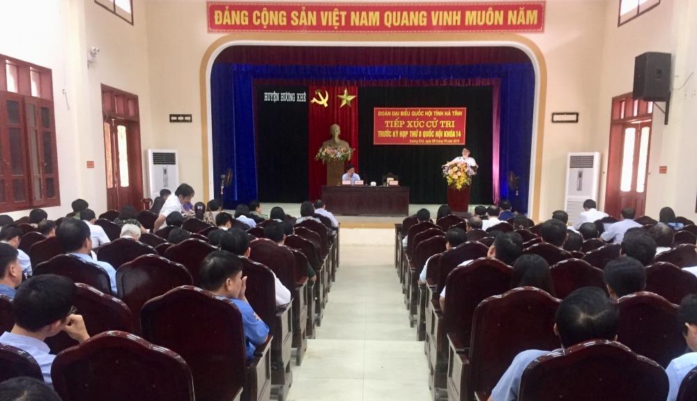 Đoàn ĐBQH tỉnh Hà Tĩnh tiếp xúc cử tri Hương Khê