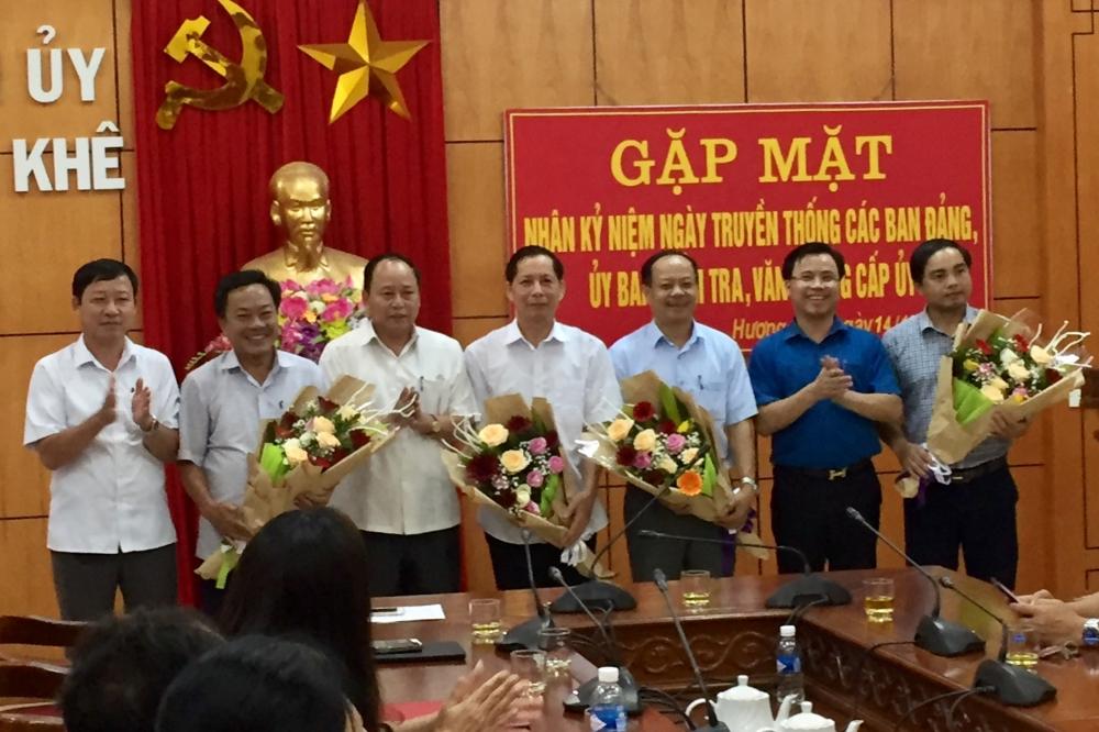 Thường trực Huyện ủy gặp mặt, chúc mừng các Ban  Đảng, Ủy ban Kiểm tra, Văn phòng cấp ủy nhân Kỷ niệm ngày truyền thống các Ban xây dựng Đảng