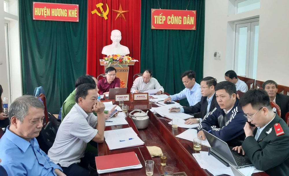26 vụ việc với 20 lượt người đăng ký tại phiên tiếp dân thường kỳ tháng 11 của lãnh đạo Hương Khê