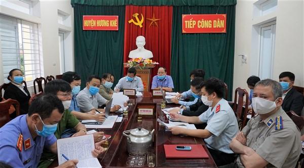 Bí thư Huyện ủy tiếp công dân định kỳ tháng 3