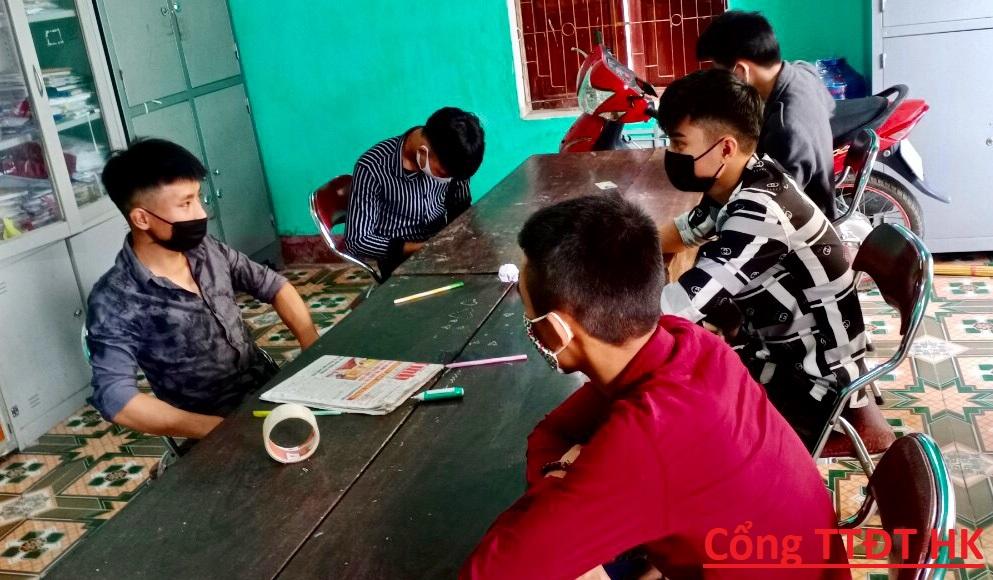 Công an Thị trấn Hương Khê: xử phạt 10 đối tượng vi phạm NĐ 176 của CP về lĩnh vực Y tế và đấu tranh làm rõ 1 đối tượng trộm cắp tài sản.
