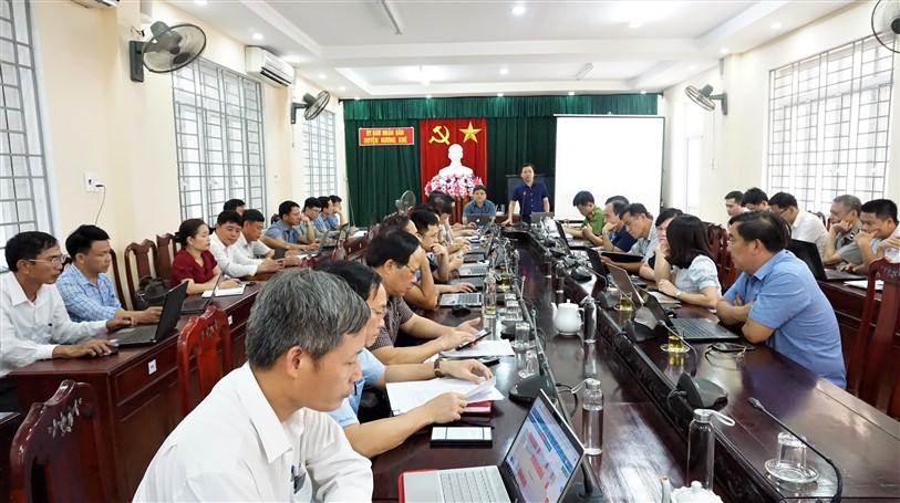 UBND huyện họp đánh giá tình hình KT-XH, QP-AN tháng 5; nhiệm vụ trọng tâm tháng 6 năm 2020