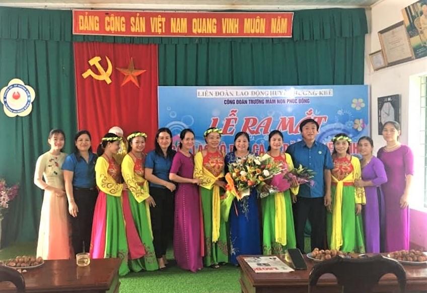 Công đoàn Trường Mầm non Phúc Đồng ra mắt  Câu lạc bộ Dân ca Ví dặm Nghệ Tĩnh.