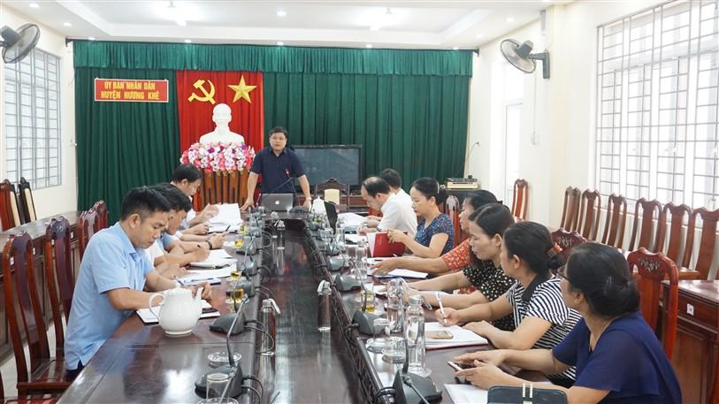 Đồng chí Phó chủ tịch UBND huyện làm việc với Phòng Giáo dục và Đào tạo về một số nhiệm vụ thời gian tới
