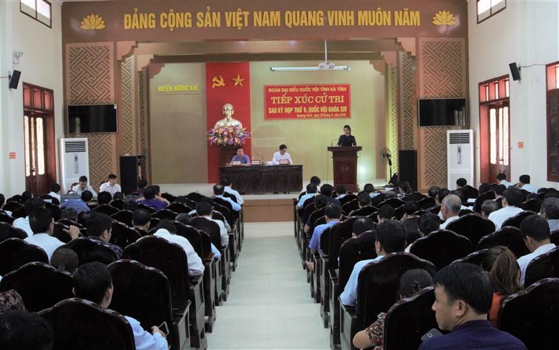 Đoàn ĐBQH tỉnh Hà Tĩnh tiếp xúc cử tri tại huyện Hương Khê