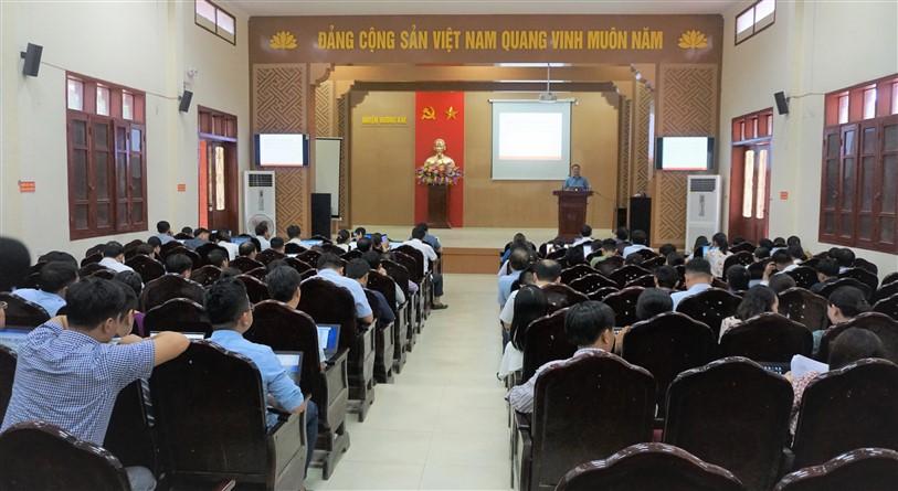 UBND huyện: Tập huấn ứng dụng chữ ký số và ban hành các văn bản  điện tử theo Nghị định số 30/2020 của CP