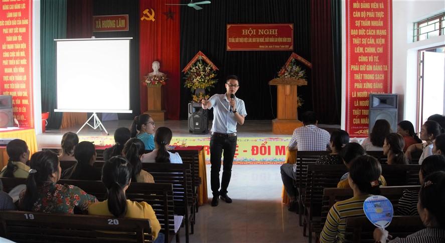 Hội nghị tư vấn, giới thiệu việc làm, đào tạo nghề, xuất khẩu lao động tại xã Hương Lâm.