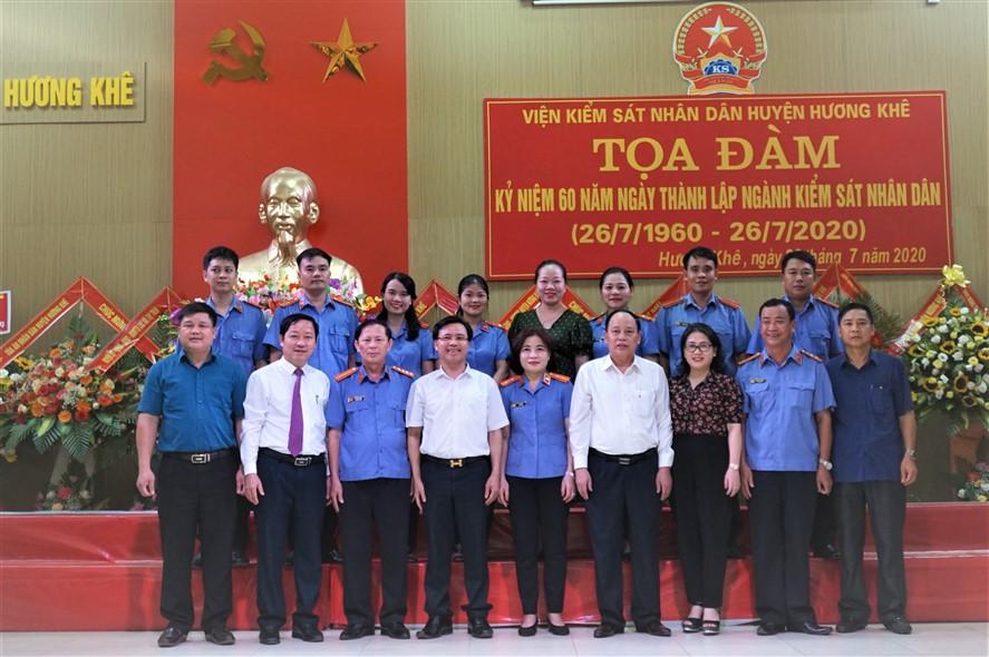 VKSND Hương Khê tọa đàm  kỷ niệm 60 năm ngày thành lập Viện Kiểm sát Nhân dân (26/7/1960 - 26/7/2020)
