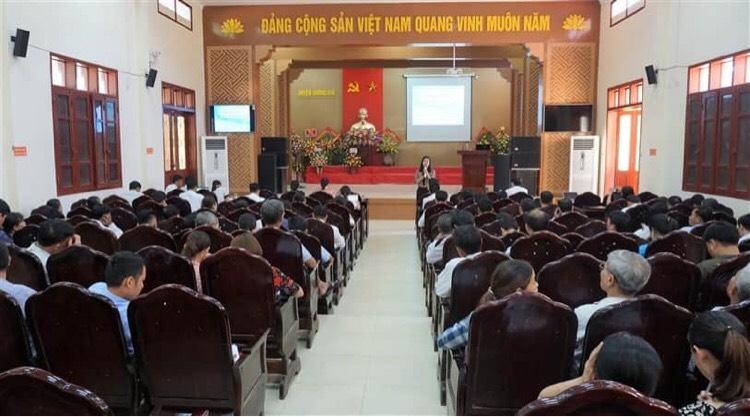 Trung tâm ứng dụng KHCN Hà Tĩnh tập huấn thu gom, xử lý rác thải.