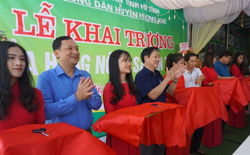 Hương Khê: Ra mắt cửa hàng nông sản an toàn thứ 2 trên địa bàn .