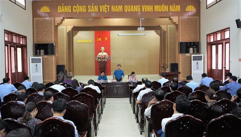 Thường trực Ban chỉ đạo NTM huyện làm việc với hai xã Phú Gia và Hương Trạch về xây dựng xã đạt chuẩn NTM nâng cao.