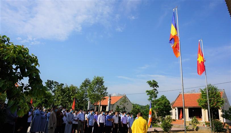 Lễ Thượng cờ tại Chùa Hạ Phúc và Chùa Phúc Linh