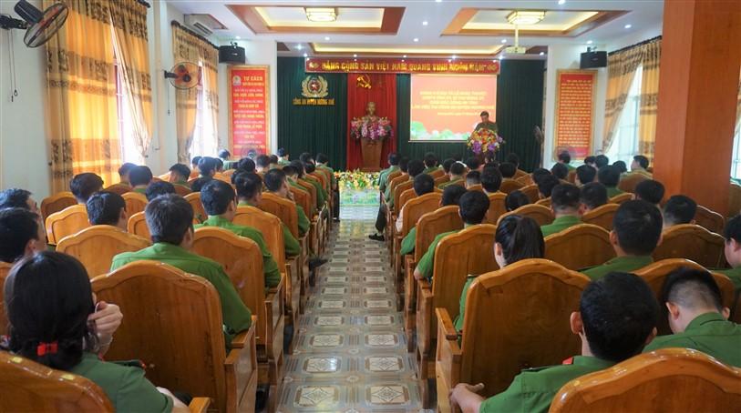 Lãnh đạo Công an tỉnh chỉ đạo công tác đảm bảo an ninh trật tự trên địa bàn Hương Khê.