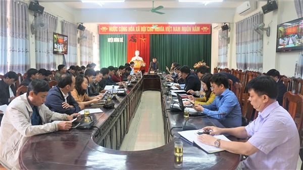 Họp trực tuyến các tỉnh từ Thanh Hóa đến Bình Định, ứng phó với bão số 13