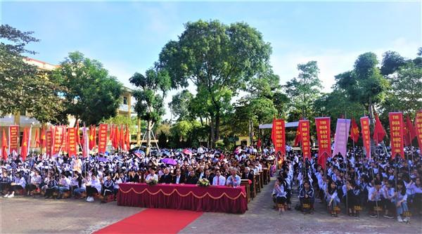 Trường THPT Hương Khê tổ chức lễ kỷ niệm 38 năm ngày Nhà giáo Việt Nam, 20/11/1982 – 20/11/2020.