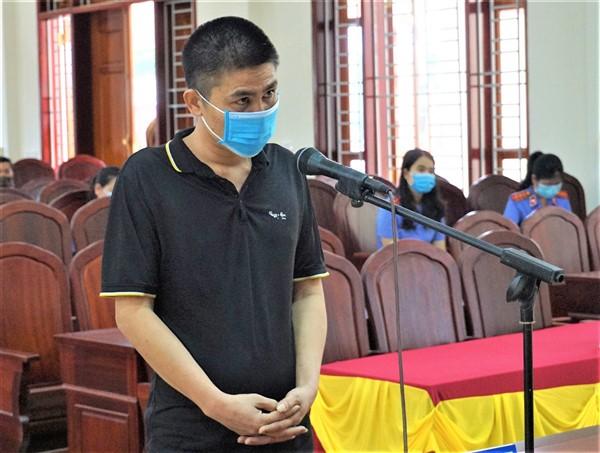 Nguyễn Văn Toản lĩnh 18 tháng tù về tội tàng trữ trái phép chất ma túy