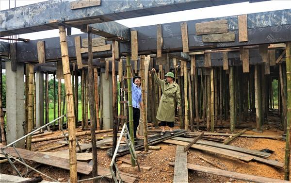 Cần đẩy nhanh  tiến độ xây dựng nhà văn hóa cộng đồng kết hợp phòng tránh bão lũ tại Điền Mỹ và Hà Linh.