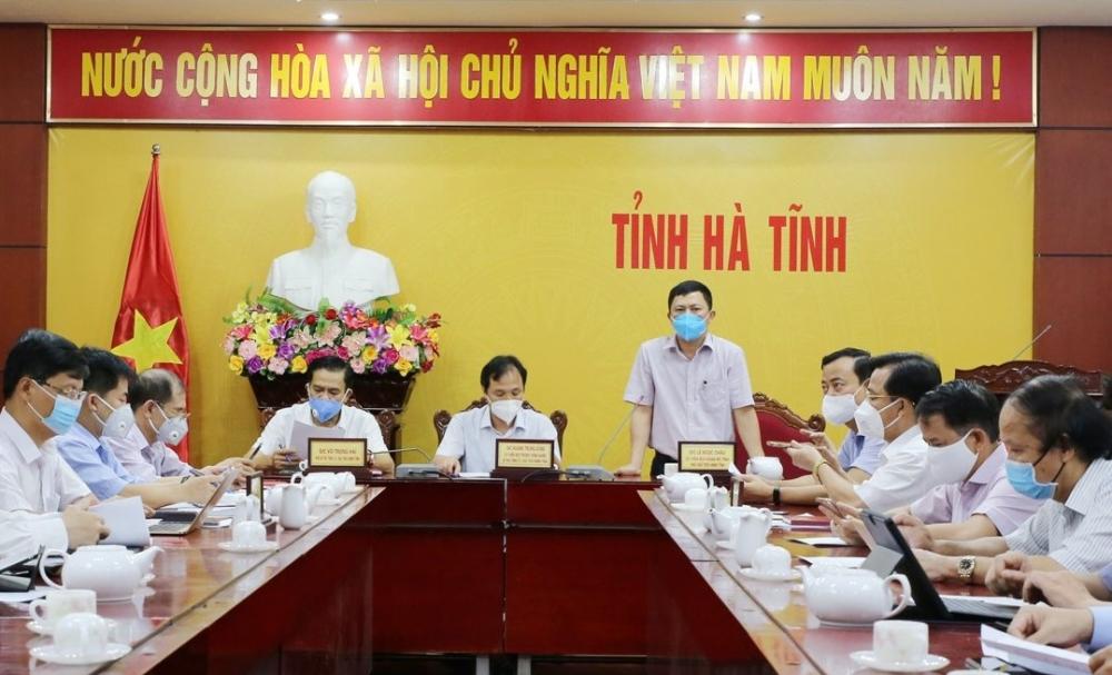 Hà Tĩnh họp khẩn trực tuyến với các huyện, thị, thành phố về phòng, chống dịch bệnh Covid-19
