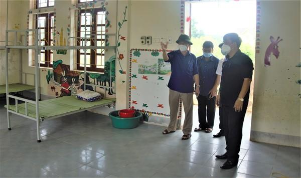 Hương Khê: 73 người liên quan đến 2 ca bệnh tại Thạch Trung, TP Hà Tĩnh
