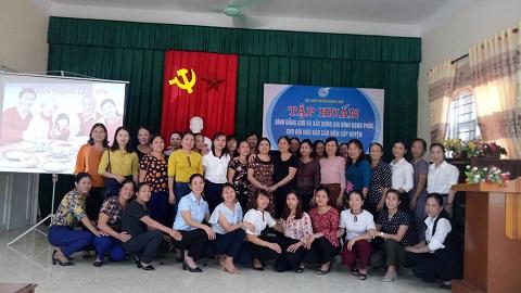 Hội LHPN Hương Khê tổ chức tập huấn chuyên đề Bình đẳng giới, xây dựng gia đình hạnh phúc thời kỳ CNH - HĐH đất nước, phòng chống bạo lực gia đình cho đội ngũ báo cáo viên cấp huyện.