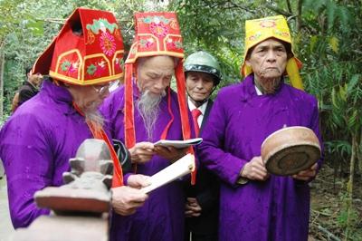 Linh thiêng Lễ hội rước sắc phong Vua Hàm Nghi