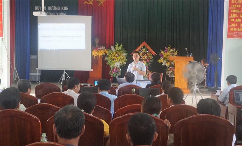 60 cán bộ, người dân, doanh nghiệp xã Hương Xuân được tập huấn kỹ năng ứng dụng CNTT năm 2020