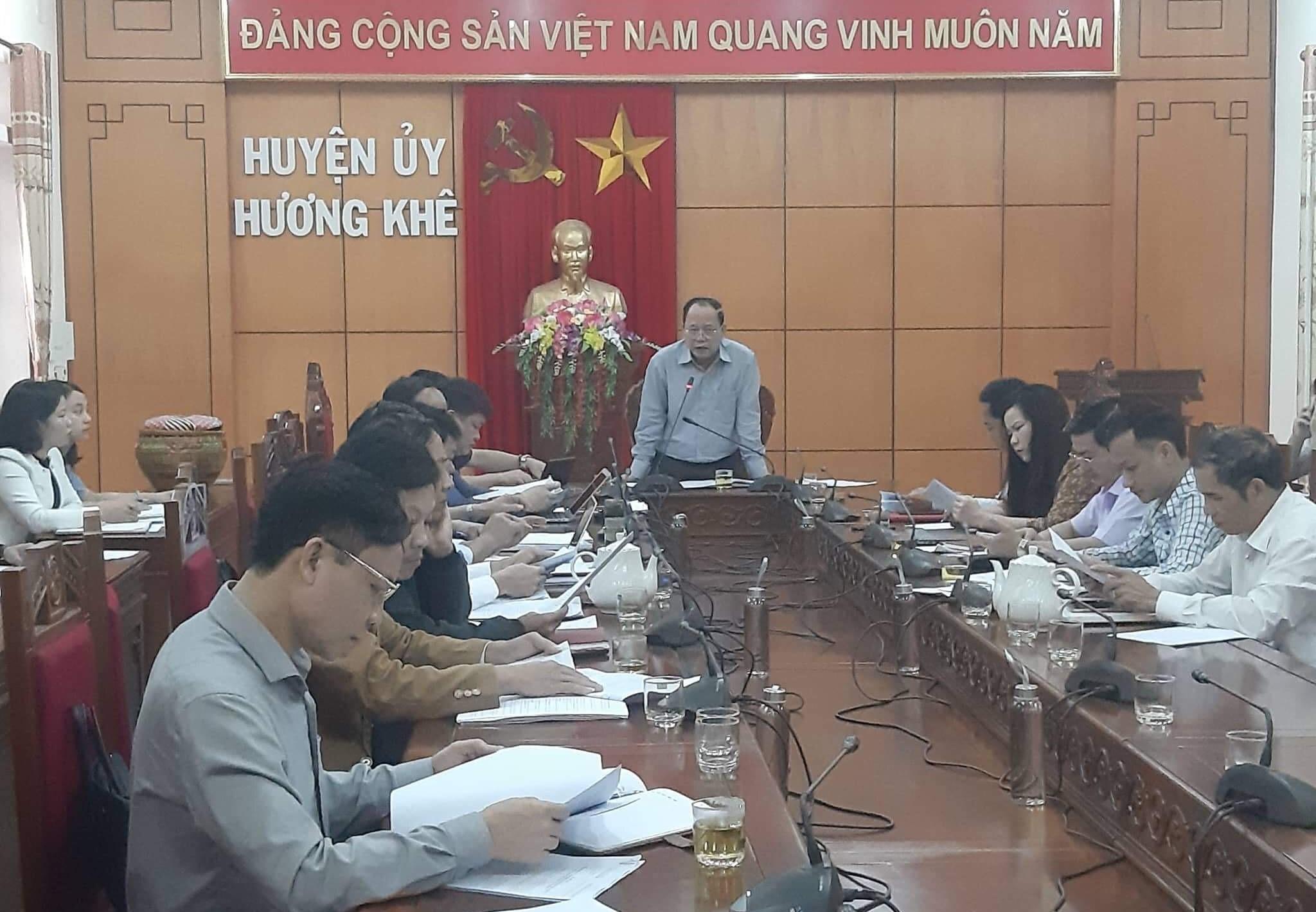 Hương khê đẩy mạnh công tác tuyên truyền kỷ niệm 90 năm ngày thành lập Đảng Cộng sản Việt nam
