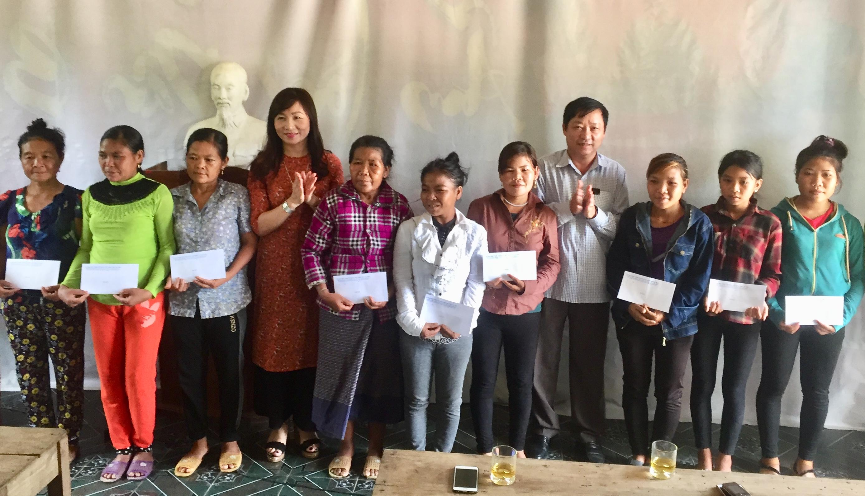 MTTQ huyện Hương Khê đẩy mạnh phong trào thi đua yêu nước, xây dựng khối đại đoàn kết dân tộc