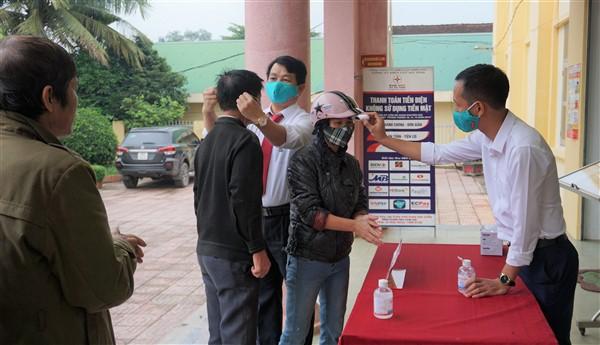 Agribank Chi nhánh Hương Khê, Hà Tĩnh II và Bưu điện huyện chủ động phòng chống dịch bệnh covid-19