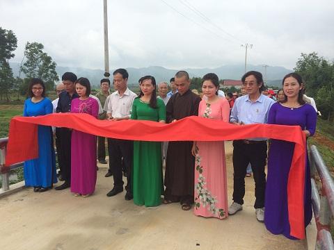 Hội Phật Giáo Huyện Hương khê: Đầu tư trên 200 triệu đồng xây cầu Rộc Đá xã Phúc Trạch.